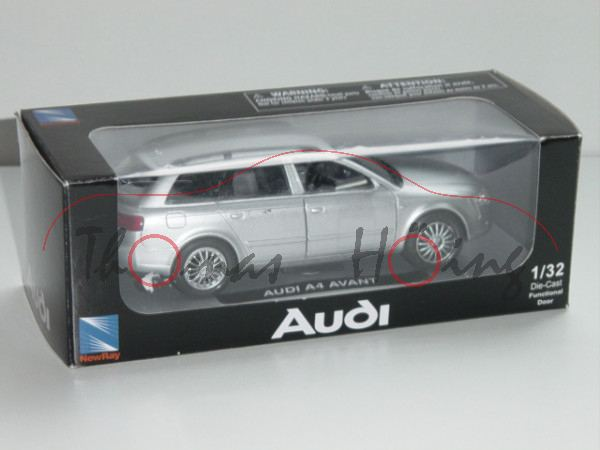 Audi A4 Avant, Mj. 2004, lichtsilber, New Ray, 1:32, mb