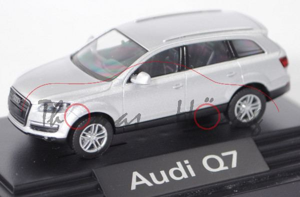 Audi Q7 4.2 FSI quattro (1. Gen., Typ 4L, Modell 05-09), lichtsilber metallic, Wiking, 1:87, PC-Box