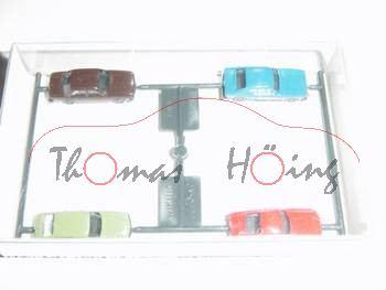 Audi 100, schokoladenbraun, mit VW 411+Ford Carpi+Porsche 911, Wiking, 1:160, mb