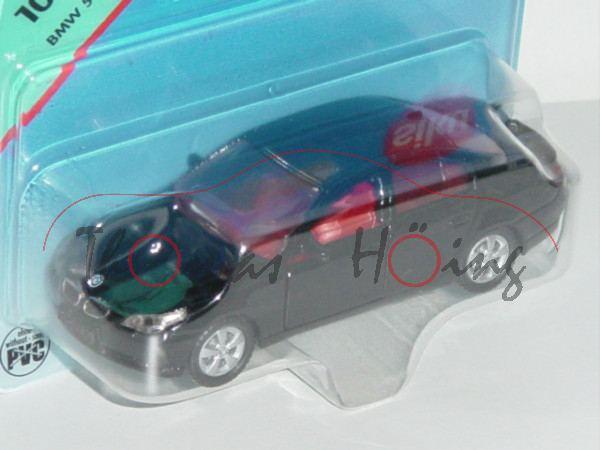 00004 BMW 545 i (Typ E60), Modell 2003-2007, schwarz, innen rot, Lenkrad rot, Felgen silber, P29b
