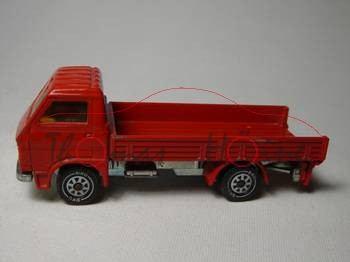 00000 MAN-VW LKW (Typ G 90, Motorbaureihe MAN D0226) mit Plane, Modell 1979-1987, rot, ohne Plane, B