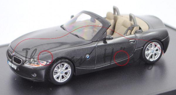 BMW Z4 Roadster 3.0i (E85, Modell 2002-2006), schwarzgrau metallic, Minichamps, 1:43, Werbebox