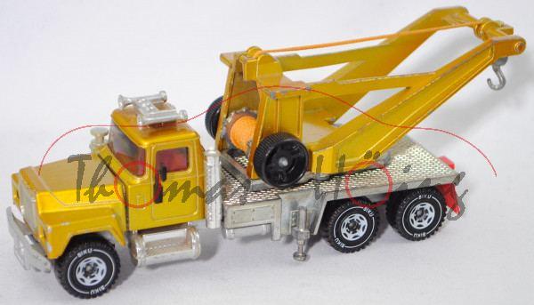 00003 Mack Conventional R612 (Mod. 75-83) Abschleppwagen, honiggelbmet., Endstücke Auspuff weg, m-