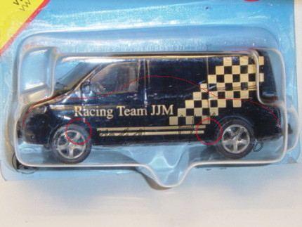 VW T5 Transporter, Modell 2003-2009, schwarz, Racing Team JJM, mit Karos, P28 (Schachtel war geöffne