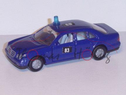 Mercedes E 230, dunkel-ultramarinblau, Umbau mit Blaulicht und Aufkleber 83 auf den Türen und auf de
